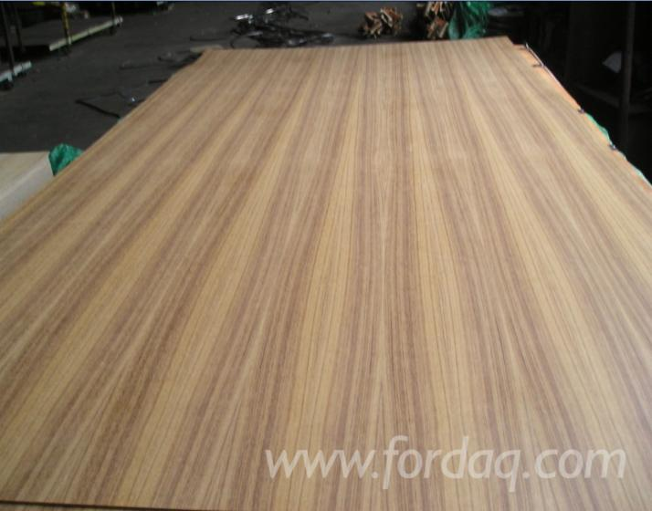 red-oak-plywood-used-in-decoration-and-furniture
