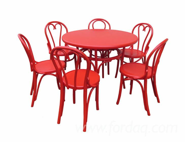 Design-Beech-Restaurant-Terrace-Tables-Caras-Severin