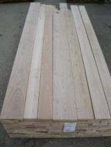 Hardwood  Sawn Timber - Lumber - Planed Timber - Sweet chestnut lumber square edged