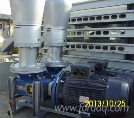Presses---Clamps---Gluing-Equipment--Pellet-Press