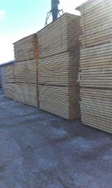 Hardwood  Sawn Timber - Lumber - Planed Timber Romania - Beech sawn timber edged , unsteamed, KD 8 - 10 %