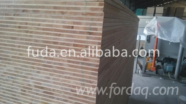 Red-Oak-Blockboard--Oak-Veneer-Laminated-Board--Oak-plywood--Oak-MDF
