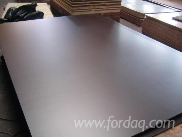 Anti-Slip-Brown-Film-Faced-Plywood--First-Class-Poplar-Core