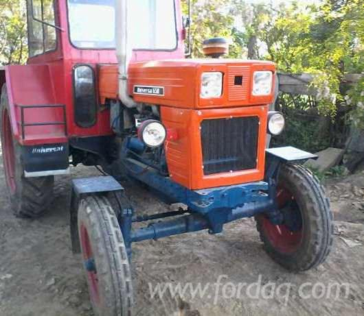 Used----Farm-Tractor-in