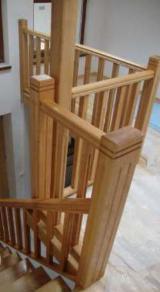 Купити Або Продати  Сходи З Дерева - Листяні тверді (Європа, Північна Америка), Сходи, Дуб (Черешчатий)