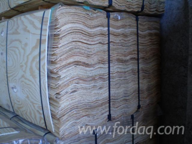 Taeda-Pine-4x8-Long-Grain-Rotary-Cut-Veneers
