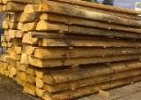 Nadelholz  Blockware, Unbesäumtes Holz Polen - Loseware, Fichte