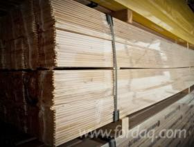 Spruce----Whitewood-Interior-Wall-Panelling-from
