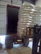 Wood Pellets of Din+ Quality 15 Kg Bags (Fuel Pellets), High quality Wood pellets, Biomass wood pellets, Din+ wood pellets