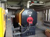 Sistemas De Calderas Con Hornos Para Astillas KÖB PYROT 220 Usada en Italia