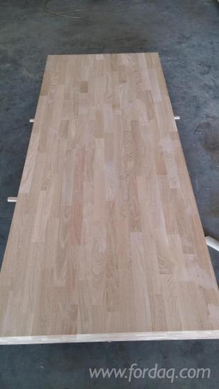 European-White-Oak-finger-joined-laminated-panels--White-oak-solid-wood