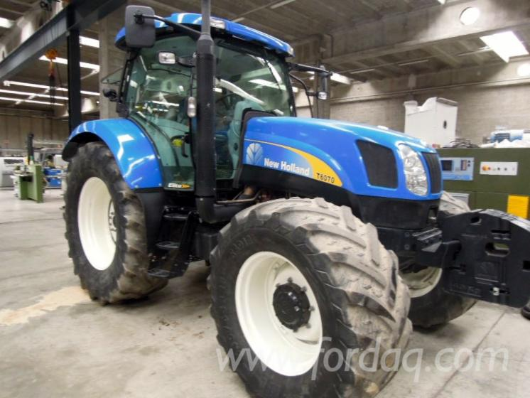 Used-2012-New-Holland-T-6070-Elite-Farm-Tractor-in