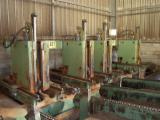 Woodworking Machinery Log Band Saw Vertical - Used 1995 GILLET 4 griffes Glissières rondes CGR 120 Log Band Saw Vertical in France