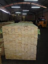 Softwood - Sawn Timber - Lumber - Planed timber (lumber)  Supplies Elliotis Pine KD - Sawn -