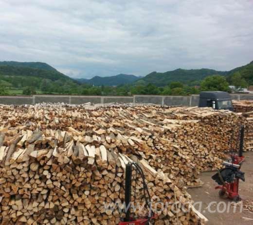 Wholesale-RO-Beech-%28Europe%29-Firewood-Woodlogs-Cleaved-in