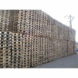 Pallets – Packaging Spruce Picea Abies - Whitewood - Pallet, Recycled - Used in good state
