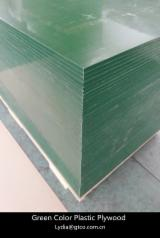 Green color plastic laminted film plywood