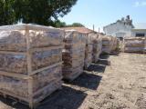 Firelogs - Pellets - Chips - Dust – Edgings Oak European - Wholesale Oak (European) Used Wood in Romania