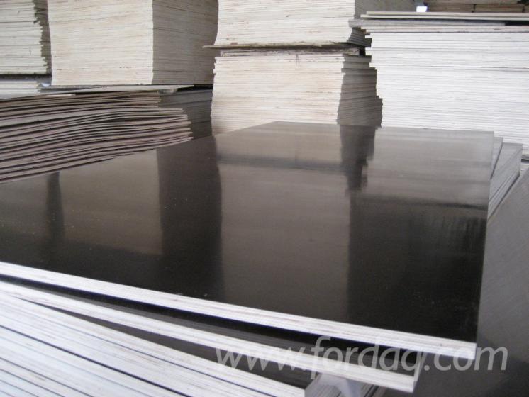 Vend Contreplaqué Filmé (Noir) Eucalyptus 2~20 mm Chine