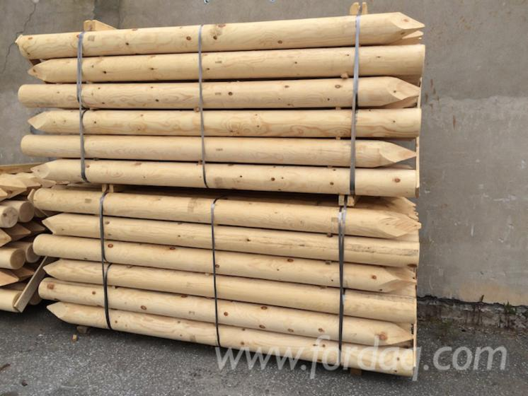 Pine-Fence-Stakes-18
