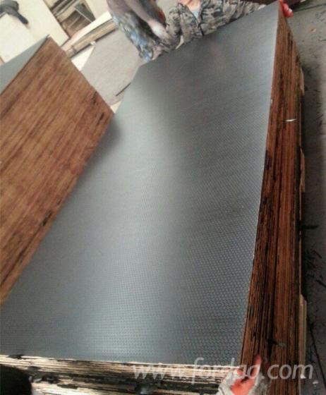 Anti-slip-film-face-plywood-18mm-marine--plywood-None-slip-marine-plywood