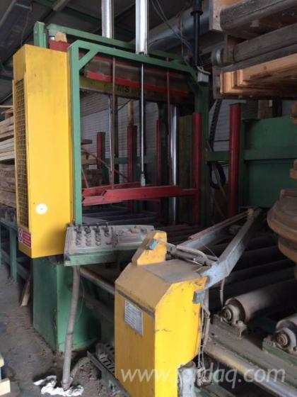 Vend machine couper les d s de palette cms scarpari pmi 120 m occasion italie - Machine a couper le bois ...