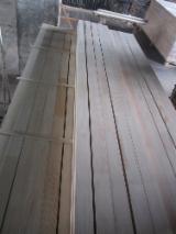 Drewno Iglaste  Drewno Klejone Warstwowo – Elementy Drewniane Łączone Na Mikrowczepy Na Sprzedaż - Belki Klejone Proste, Scantlings For Doors And Windows, Sosna Zwyczajna  - Redwood