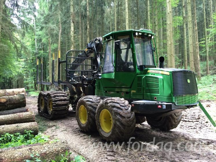 Used-2014-John-Deere-1110E-Forwarder-in