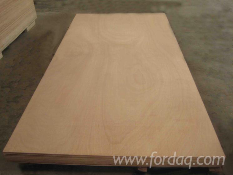 Okoume-Plywood--First-Class--Poplar-Core