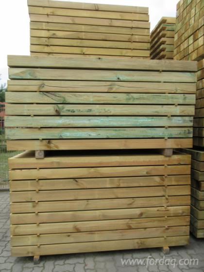 Pine-timber---fence-poles