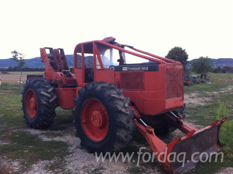 Used-1972-Timberjack-240-Articulated-Skidder-in