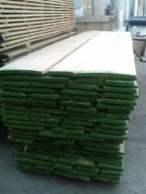 Hardwood - Square-Edged Sawn Timber - Lumber   Italy - Fordaq Online market Planks (boards) , Ash (White)
