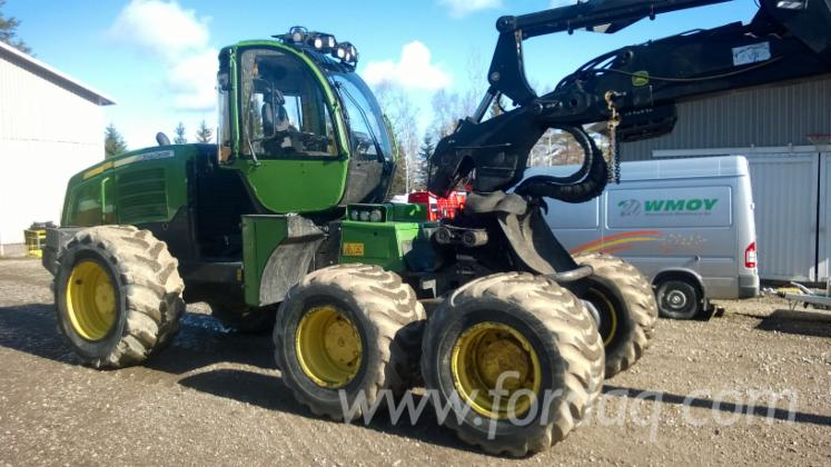 Used-2010-John-Deere-1270E-Harvester-in