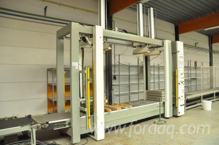 Used-2003-Carcase-clamp-COSTRUZIONI-MECCANICHE--STP-97-EN-Carcase-clamp-for-sale-in