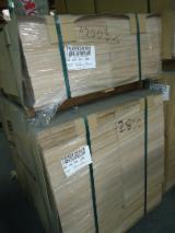 Cherestea  De Vânzare - PLACAJ MESTEACAN FORMATIZAT 9,5 MM