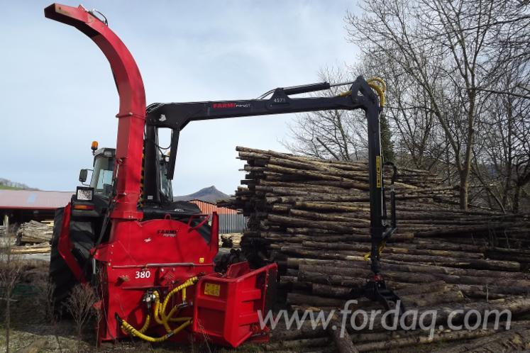 Used-2013-FARMI-380-HFC---TRACTOR-MASSEY-FERGUSON---GRUA-FARMI--Hogger-in