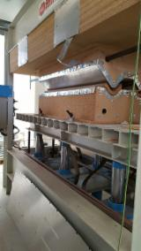 Woodworking Machinery For Sale Italy - Couple of high frequency presses with generator brand CMB Mod. CRV 25/1