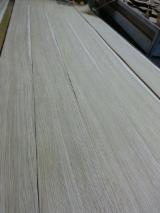 Sliced Veneer Italy - Natural Veneer, Oak (European), Quartered, plain