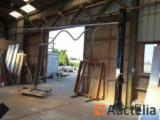 Belgium Woodworking Machinery - Manupac lifting shank with suction