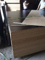 Paneles Reconstituidos - Panel de Partículas - Aglomerado, 9-25 mm