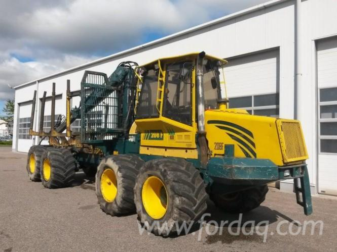 Used-2005-HSM-208-F---12813-h-Forwarder-in