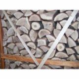 Romania Supplies Wholesale Beech (Europe) Firewood/Woodlogs Cleaved in Romania