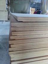 Großhandel  Tischlerplatten - Stabsperrholz - Tischlerplatten - Stabsperrholz, Keruing