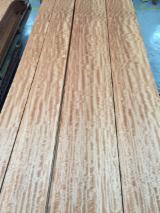 Find best timber supplies on Fordaq MAKORE veneer flat cut,plain