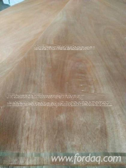 Rotary-Cut-Red-Hardwood--Okoume-Mahogany-Veneer-for-plywood