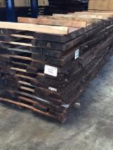 Laubholz  Blockware, Unbesäumtes Holz Zu Verkaufen Italien - Loseware, Walnuss