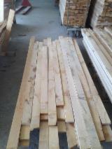Hardwood - Square-Edged Sawn Timber - Lumber Supplies Planks (boards) , Oak (European)