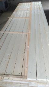Softwood  Sawn Timber - Lumber - Supplying good construction spruce lumber