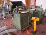 Soenen Hendrik t-moulding machine