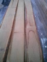 Hardwood  Unedged Timber - Flitches - Boules Lithuania - Oak